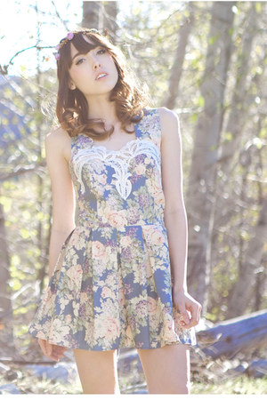 sky blue floral Johnny &amp; June dress
