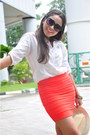 Carrot-orange-skirt-cream-hat-white-top